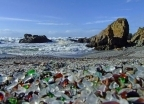 Szklana Plaża - spotkanie lekkomyślności ludzkiej i naprawczej m - wczasy, urlopy, wakacje
